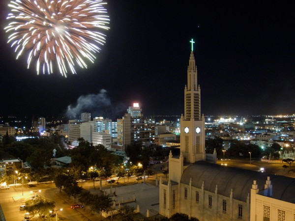 Maputo - Feu d'artifices au CCFM