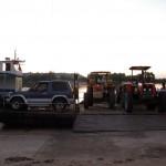 Marracuene - Tracteurs sur le bac
