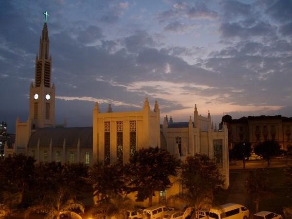 Maputo - Cathédrale et Hôtel de Ville