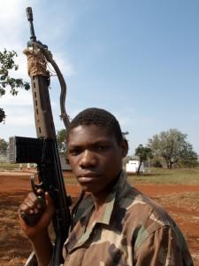 La République des enfants - Tigre, enfant soldat