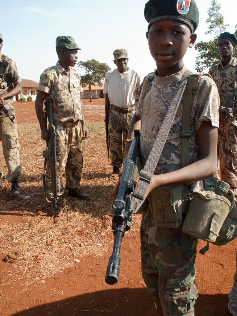 enfant soldat photo
