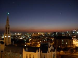 Maputo - Lune hivernale