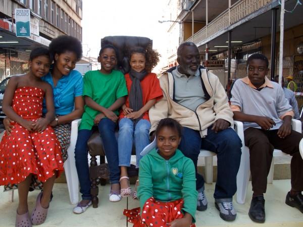 La République des enfants - Flora parmi ses acteurs